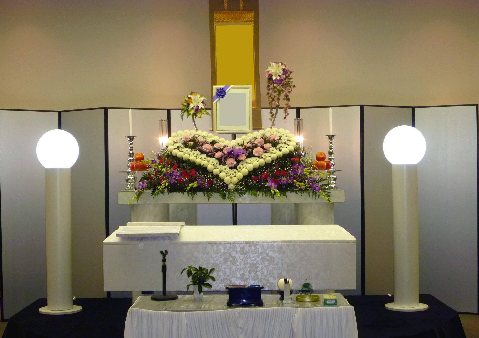 ハートの花祭壇 お葬式の流れ